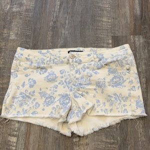 🌻3/20 FOREVER21 cute shorts bundle up to save